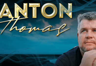 Anton Thomas SOMS Feature Plectrum